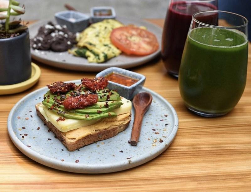 5 restaurantes que sirven desayunos todo el día - restaurantes-desayunos-todo-el-dia-2