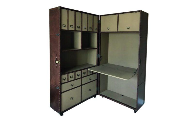 Home wishlist: nuestros accesorios favoritos para el hogar - restoration-hardware-mayfair-trunk-secretary