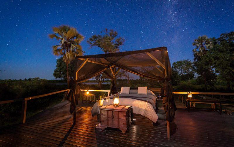 Un recorrido por África - abucamp-botswana-africa-cama-estrellas-aire-libre