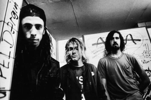 Kurt Cobain, uno de los músicos más icónicos en la historia del rock - hotbook-kurt-cobain-uno-de-los-musicos-mas-iconicos-en-la-historia-del-rock-nirvana