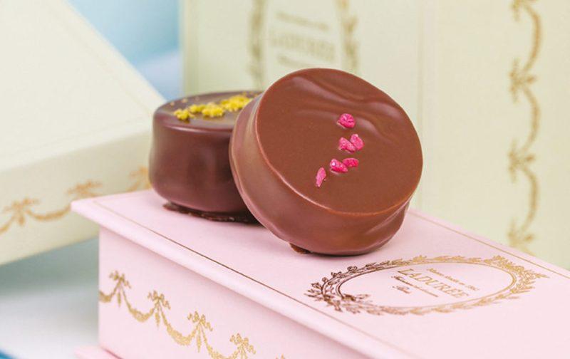 Ladurée: la deliciosa historia detrás del imperio del macarrón - laduree-ambiance-chocolat-laduree