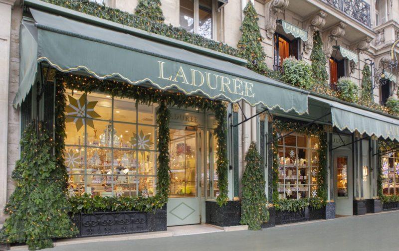 Ladurée: la deliciosa historia detrás del imperio del macarrón - tienda-laduree-exterior