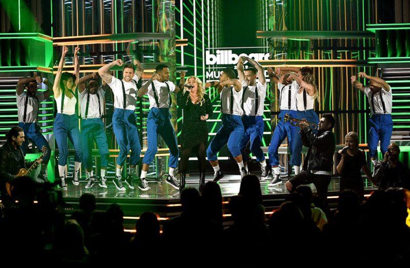 Los mejores momentos de los Billboard Music Awards 2019 - hotbook-los-momentos-mas-memorables-de-los-billboard-music-awards-2019-3