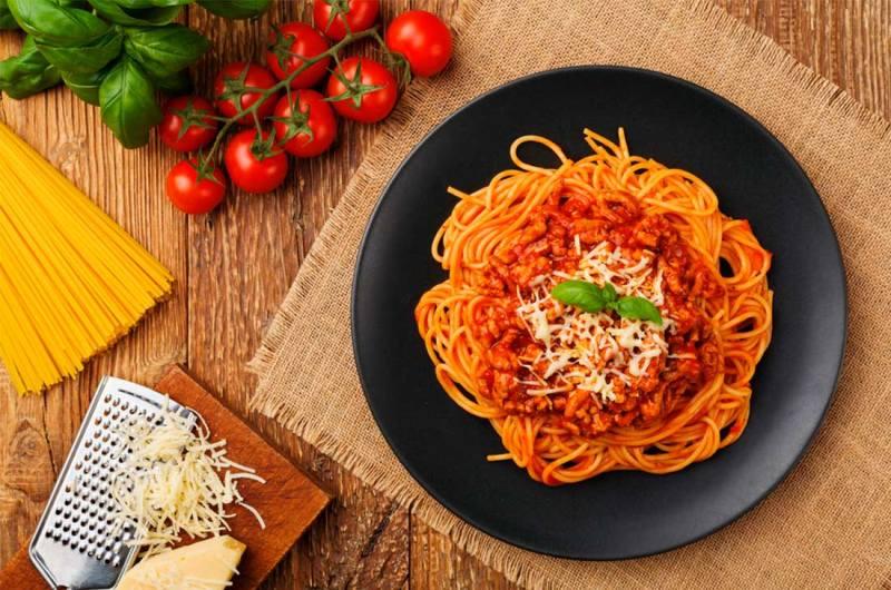 Recetas para el Día de las Madres - portada-espaguetti-a-la-boloncc83esa-hotbook