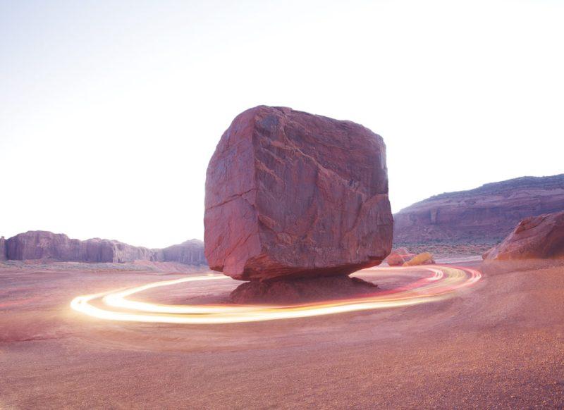 Tobias Hutzler: fotografía en movimiento - portada-hotphoto-piedra-luz-circulo