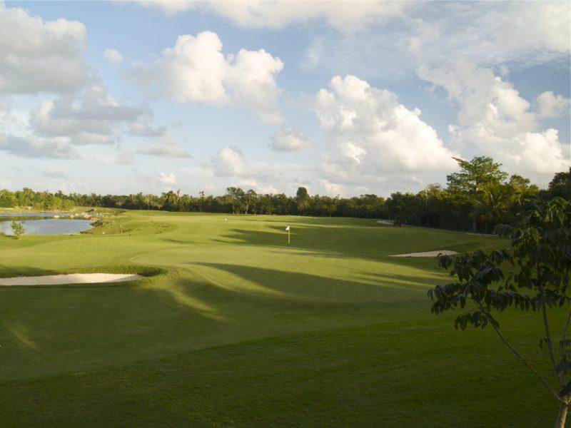 Recomendaciones para el fin de semana del 2 al 5 de mayo - torneo-de-golf-cozumel-hotbook