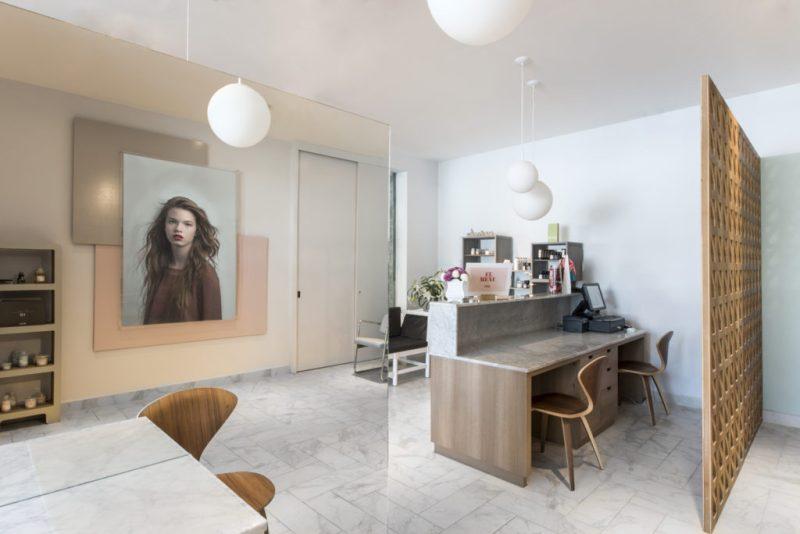 Los salones de belleza más cool de la CDMX - hotbook-los-salones-de-belleza-mas-cool-en-la-cdmx_her-barra-de-peinados