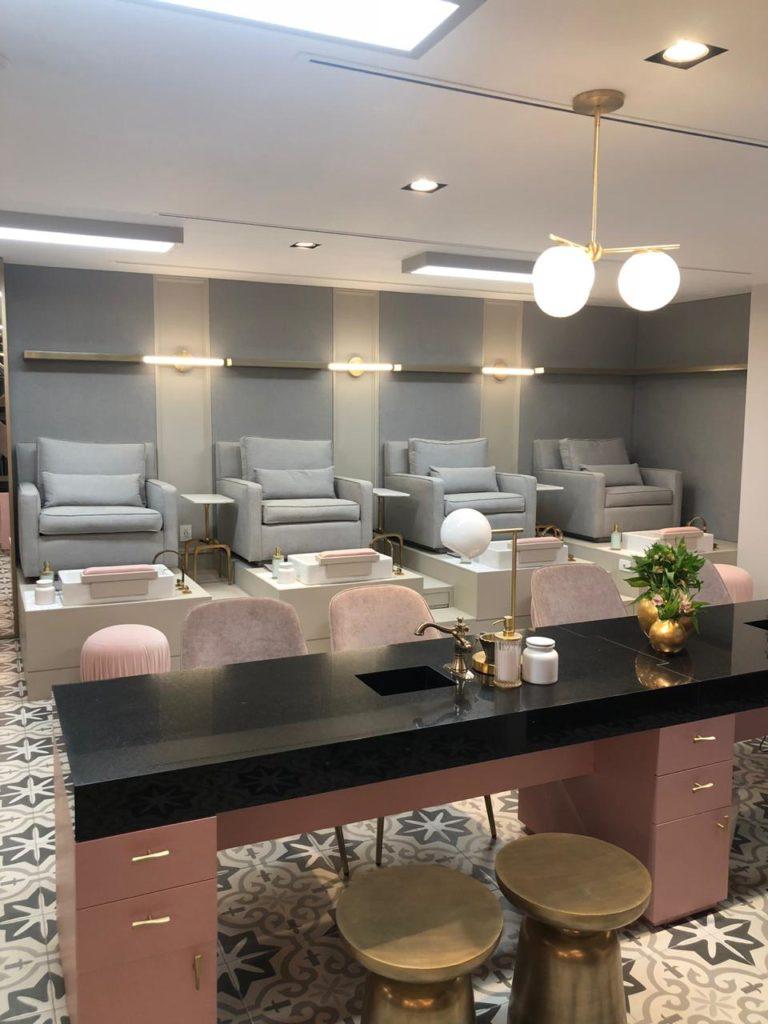 Los salones de belleza más cool de la CDMX - hotbook-los-salones-de-belleza-mas-cool-en-la-cdmx_le-glam-bar