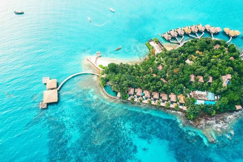 Los mejores resorts con bungalós sobre el agua - hotelesbungalos_songsaaprivateisland
