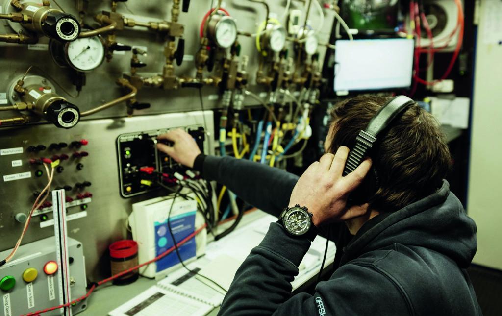 Oris Dive Control Limited Edition, un reloj para buzos profesionales - ORIS DRIVE-5