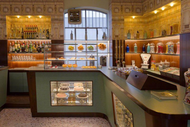 Bar Luce: un café diseñado por Wes Anderson en Milán - 29-1-961x640