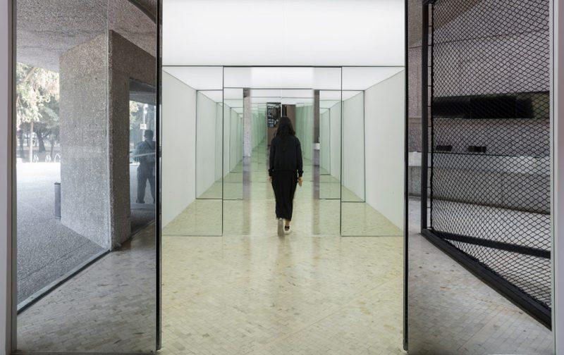 Sunday de Carsten Höller en el Museo Tamayo - hotbook_hotculture_hotart_carstenholler_tamayo_cuadros_puertas_vidrio_ramiro_chavez