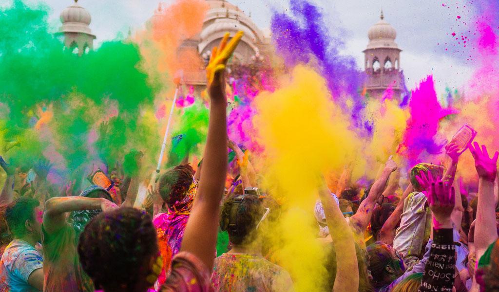 8 celebraciones en el mundo a las que debes asistir por lo menos una vez en la vida - celebraciones en el mundo portada