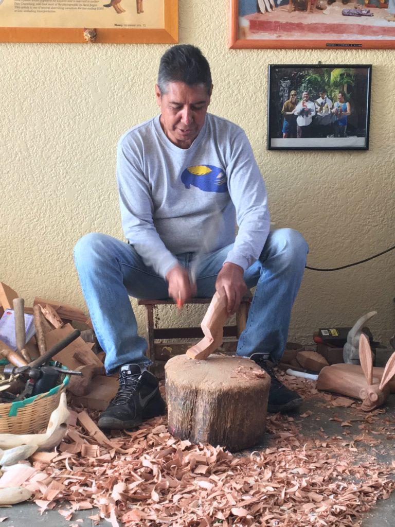 Vive, siente y prueba la ciudad de Oaxaca - oax-3_-tallador-de-los-suencc83os