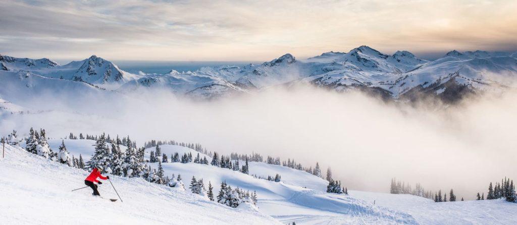Destinos imperdibles para ir a esquiar - esquiar whistler