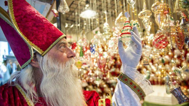 8 increíbles mercados navideños en el mundo - mercado-navidencc83o-5