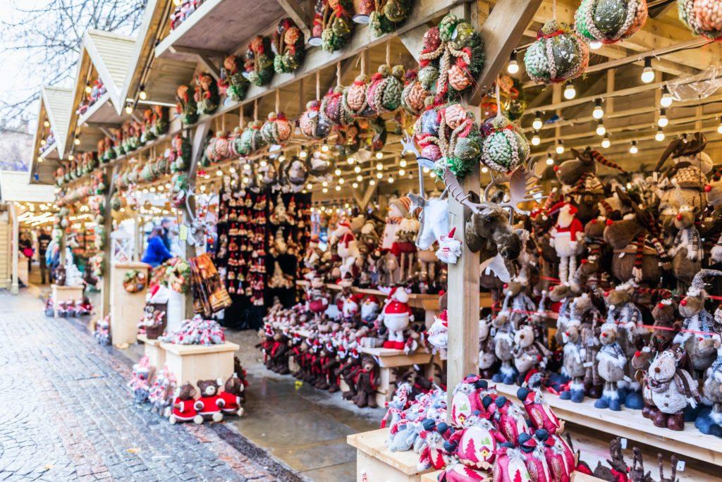 8 increíbles mercados navideños en el mundo - mercado navideño portada