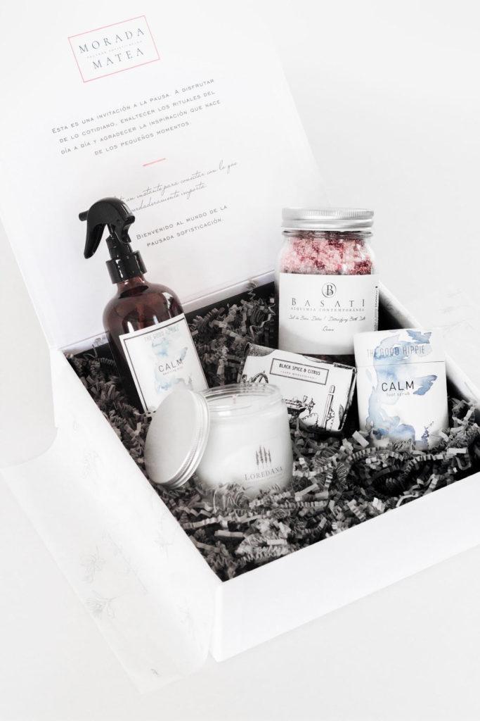 Los mejores beauty products para regalar esta Navidad - morada-matea