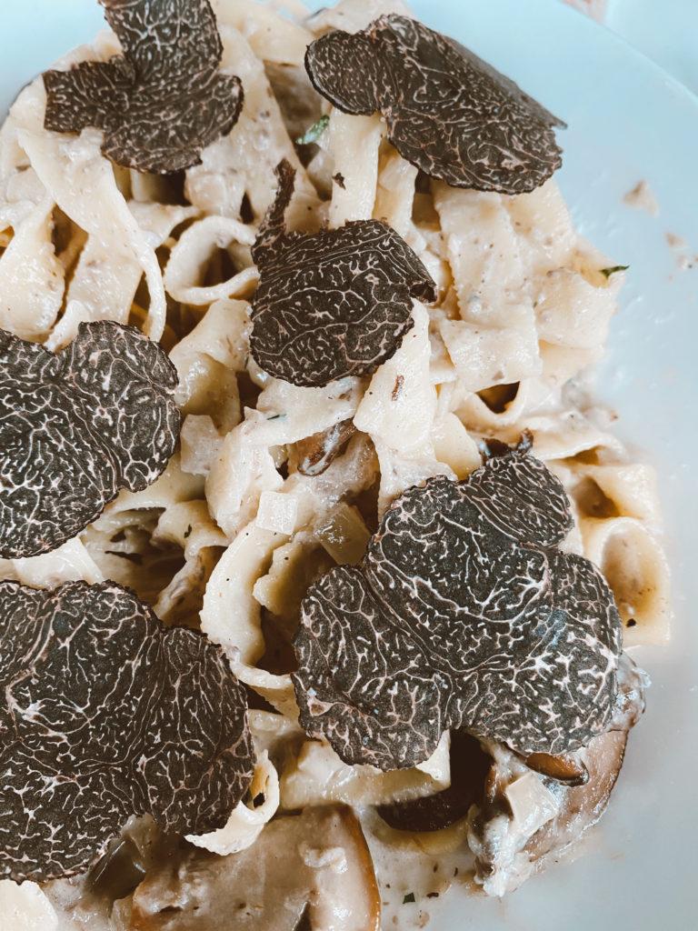 Qué hacer en Toronto - truffle-pasta-maison-shelby-toronto