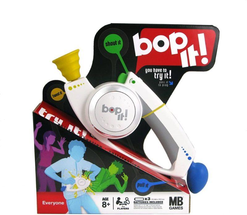 Los juguetes de los 90's que te harán recordar tu infancia - bop-it-los-juguetes-de-los-90-que-te-haran-recordar-tu-infancia-zoom-tiktok-instagram-zoom-cuarentena-covid-19-coronavirus-art-foto
