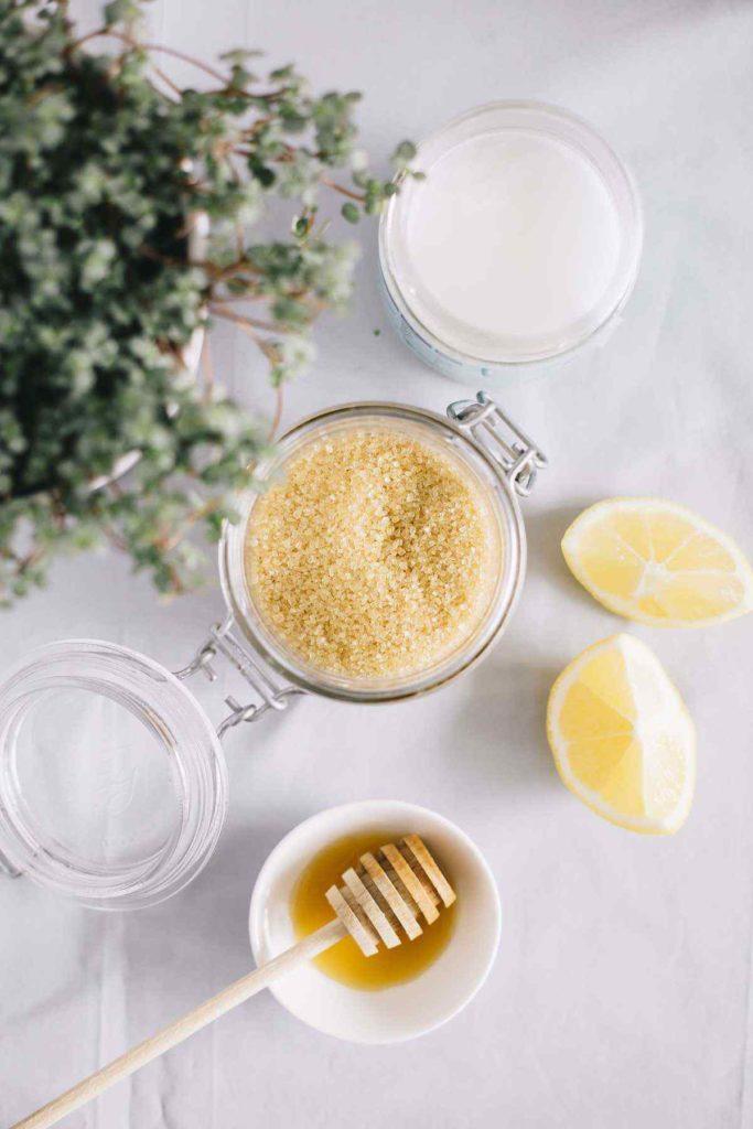 6 exfoliantes naturales que puedes hacer en casa - exfoliantes-naturales-que-puedes-hacer-en-tu-casa-face-mask-diy-tiktok-instagram-en-casa-coronavirus-covid-chocolate-coffee-recetas-5