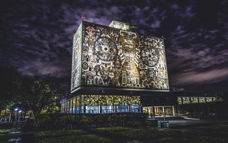Mexican Style, el nuevo libro de Susana Martínez Vidal - hotbook_hotfashionmexicanstyle-libro-moda-unam-edificio-murales-ciudaduniversitaria-cu