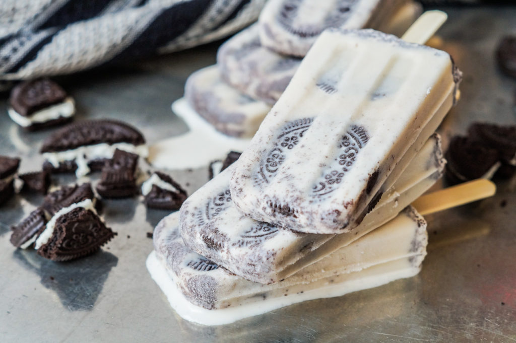 7 recetas para hacer tus propias paletas heladas en casa - portada ideas de paletas heladas que puedes hacer en casa recetas cocinar en casa zoom oreo chocolate tiktok Instagram coronavirus cuarentena