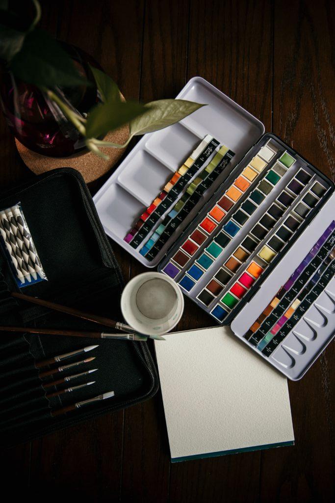 4 tips para aprender a pintar con acuarela - tips-para-aprender-a-pintar-con-acuarela-en-casa-zoom-1