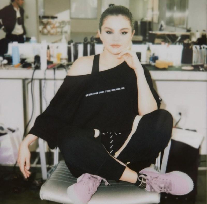 Todo lo que tienes que saber sobre Selena Gomez - todo-lo-que-tienes-que-saber-sobre-selena-gomez-zoom-instagram-coffee-coronavirus-covid-19-13-reasons-why-hot-sale-cool-online-selena-gomez-cuarentena-foto-recetas-5