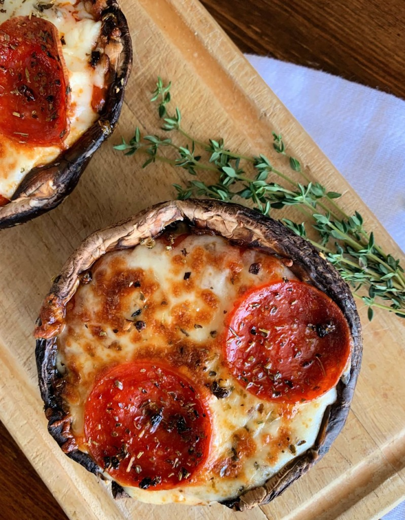 Who ordered pizza? 5 alternativas para hacer tu pizza crust - its-pizza-time-distintas-alterativas-para-hacer-tu-pizza-crust-coronavirus-covid-19-cuarentena-pizza-zoom-instagram-tiktok-instagram-foodie-portobello-pizza-crust-2