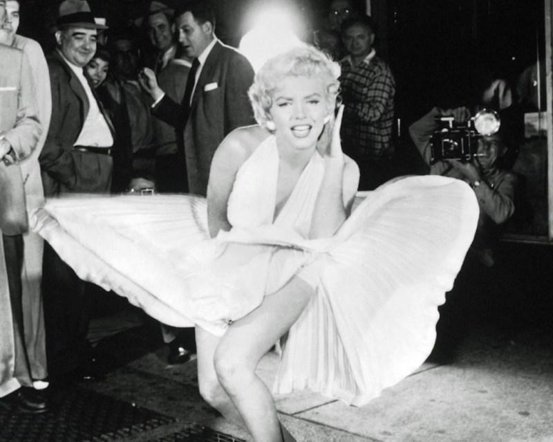 Las fotos más icónicas de Marilyn Monroe - las-fotos-mas-iconicas-de-marilyn-monroe-instagram-food-trend-foodie-tiktok-zoom-online-eu-justin-bieber-michael-jackson-1
