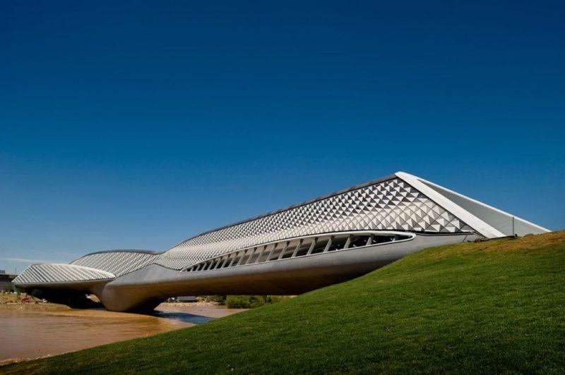 Zaha Hadid: un recorrido virtual por sus edificios más icónicos - zaha-hadid-recorrido-virtual-de-sus-edificios-mas-iconicos-5