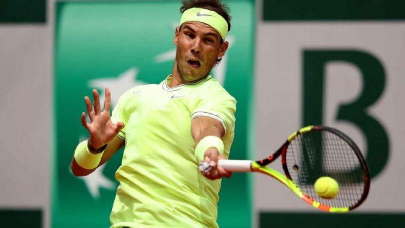 Todo lo que no sabías del tenista Rafael Nadal - golpe-zurdo-nadal-todo-lo-que-no-sabias-de-rafael-nadal