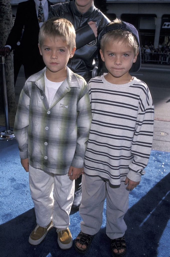 Conoce todo acerca de Cole Sprouse, el gemelo del momento - cole-sprouse-google-conoce-todo-acerca-de-cole-sprouse-el-gemelo-del-momento-google-online-google-hollywood-celebridad-cole-sprouse-lili-reinheart-dylan-sprouse-barbara-palvin-google-9