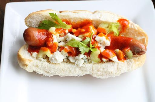 10 formas de mejorar instantáneamente un típico hot dog - formas-de-mejorar-instantaneamente-un-tipico-hot-dog-foodie-instagram-tiktok-google-online-google-hot-dog-recetas-como-hacer-google-coronavirus-covid-vacuna-verano-foto-comida-7
