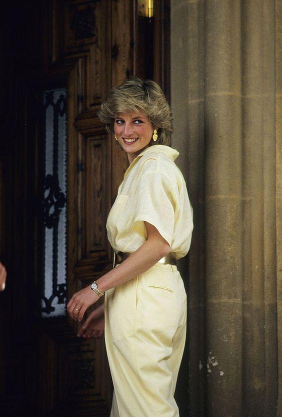 Los looks más emblemáticos de Lady Di - foto-14-aniversario-de-la-muerte-de-lady-di-los-looks-mas-emblematicos-que-lucio-la-princesa-de-gales