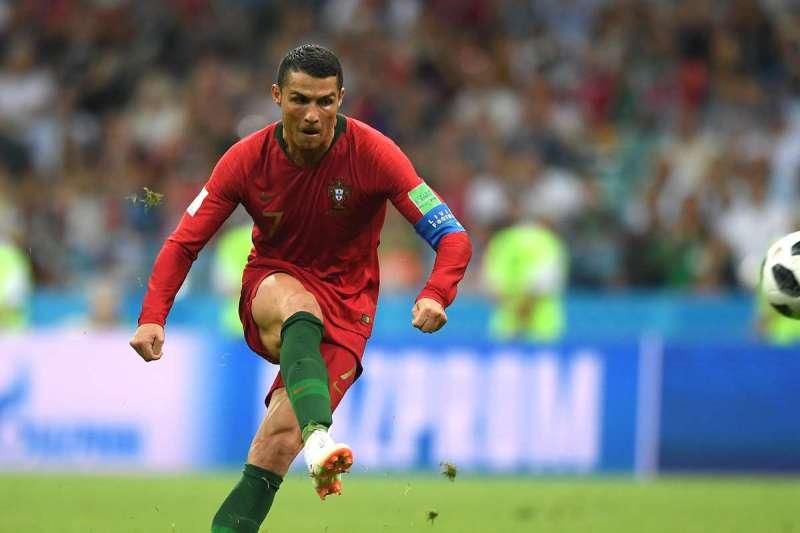 Fun facts de Cristiano Ronaldo - foto-3-fun-facts-que-probablemente-no-sabias-de-cristiano-ronaldo-cr7-el-bicho-el-comandante
