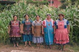 Conoce Ensamble Artesano, el proyecto que busca impulsar la artesanía mexicana - EA-GrupoAlfareria-OaxacadeJuarez-MA