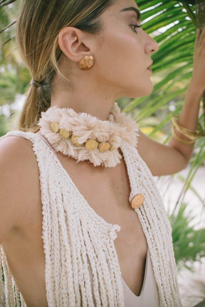 Te presentamos a Daniela Bustos Maya, la marca textil sustentable y de joyería mexicana - gargantilla-rey-hotbook-bazar-te-presentamos-daniela-bustos-maya-la-marca-textil-sustentable-y-de-joyeria-mexicana