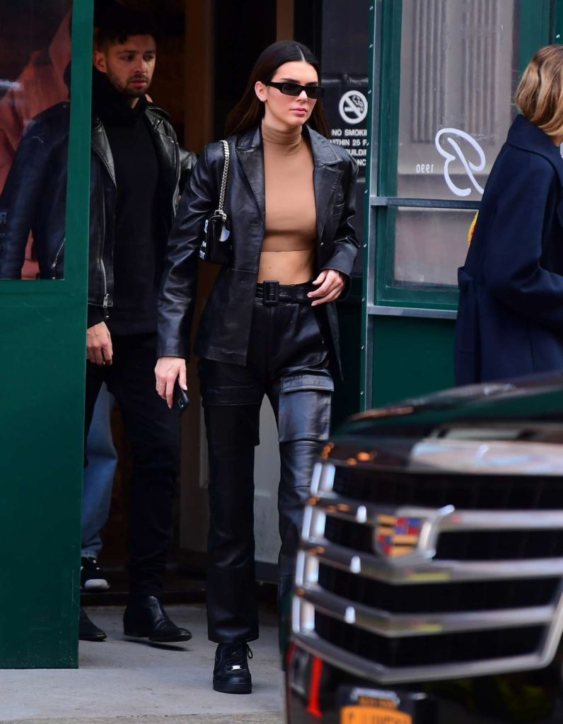 Kendall Jenner: autumn street style - kendall-jenner-leather