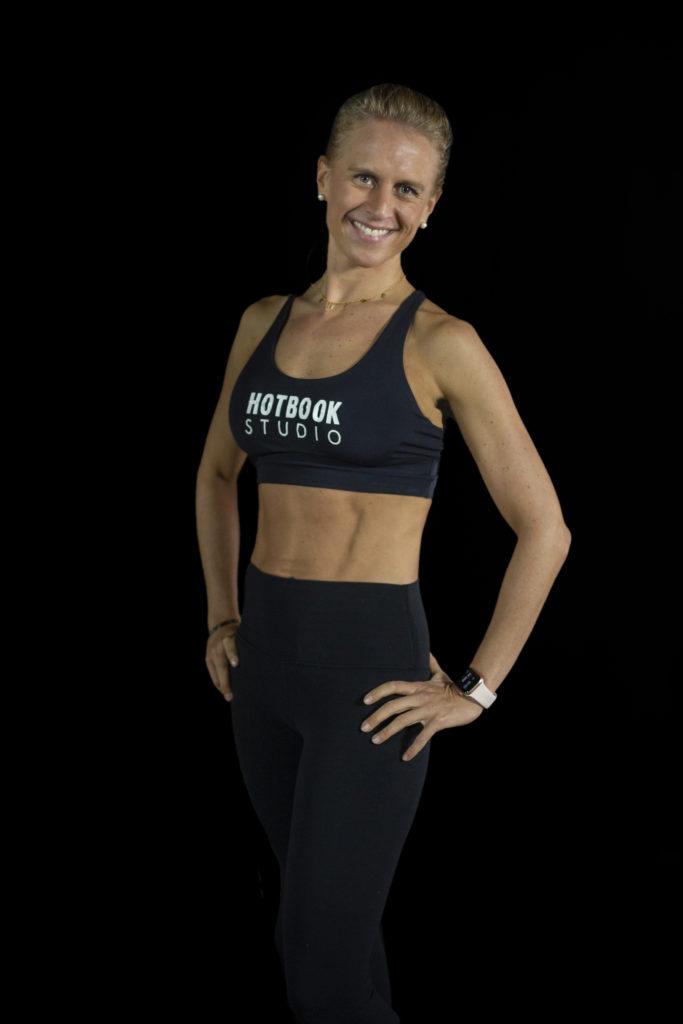 Descubre el poder de las clases de Body Barre de la mano de la coach Denise Bouffier - 9c1a2305r