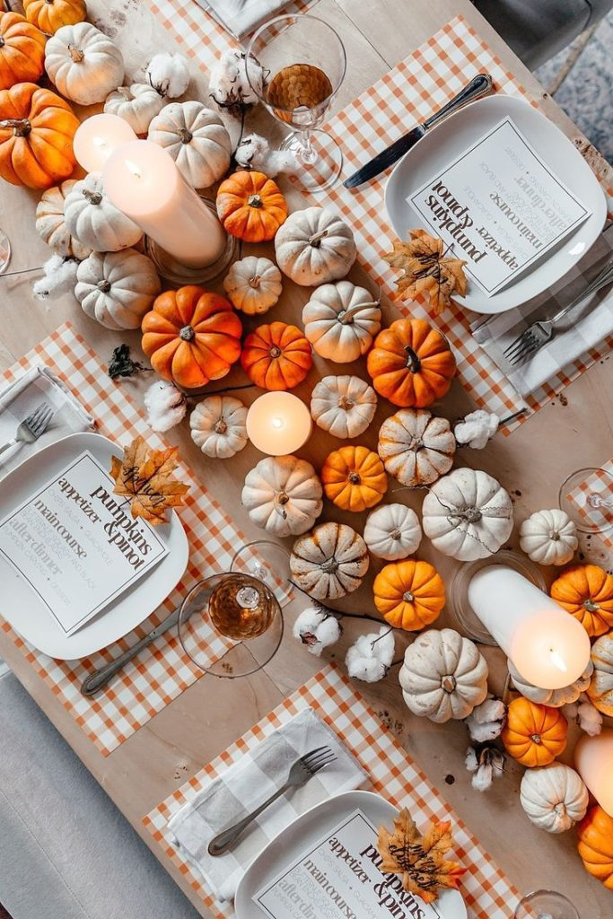 Tips para festejar tu Friendsgiving - mesa-decoracion-como-festejar-tu-friendsgiving