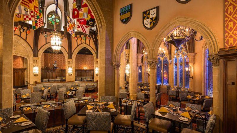 15 datos que probablemente no conocías acerca de los castillos de Disney - datos-que-probablemente-no-conocias-acerca-de-los-castillos-de-disney-alrededor-del-mundo-disney-castillos-disney-castles-cinderella-tokyo-shanghai-paris-google-amazon-viajes-navidad-google-disn-10