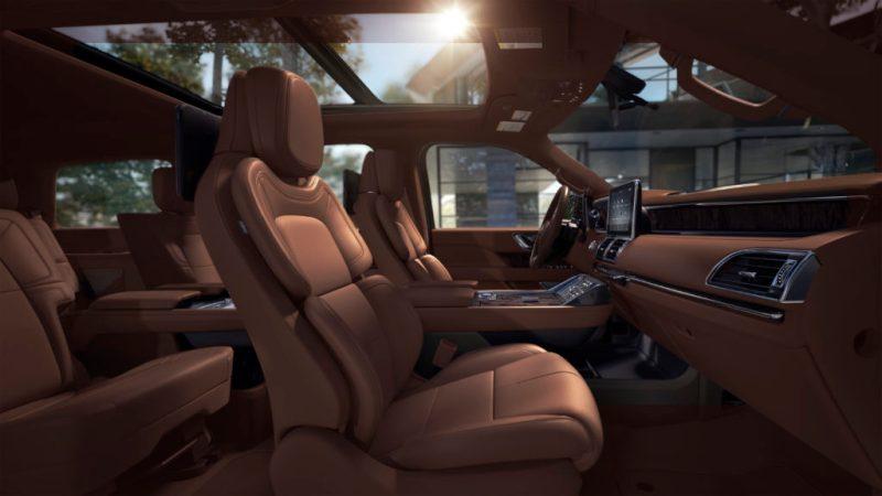 Experimenta un viaje excepcional con la nueva Lincoln Navigator 2021 - foto-3-experimenta-un-viaje-excepcional-con-la-nueva-lincoln-navigator-2021