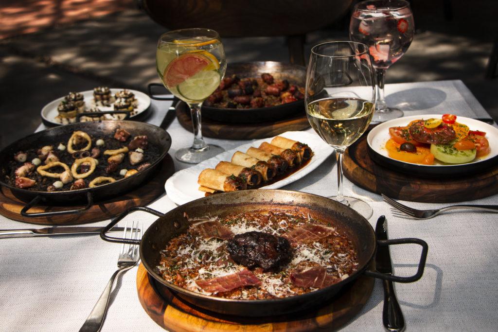Emilio de Grupo Carolo, un restaurante vasco en el corazón de Polanco - PORTADA Emilio de Grupo Carolo, el restaurante vasco que deleitará tus sentidos en el corazón de Polanco.