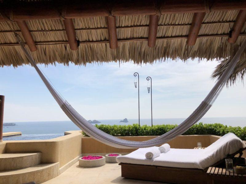 Un santuario secreto que todos deberían disfrutar: explora Cala de Mar - un-santuario-secreto-que-todos-deberian-disfrutar-cala-de-mar-ixtapa-viajes-mexico-wandavision-capitulo-9-3