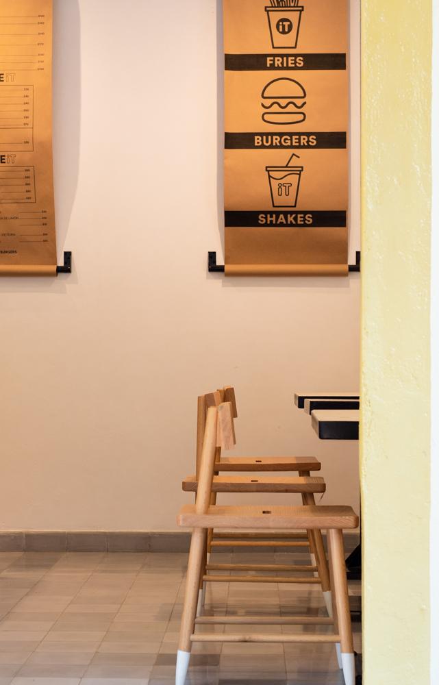 Visita iT Burgers, pioneros de dark kitchen en México - el-pionero-del-dark-kitchen-en-mexico-visita-it-burgers-hamburguesas-kurt-cobain-6