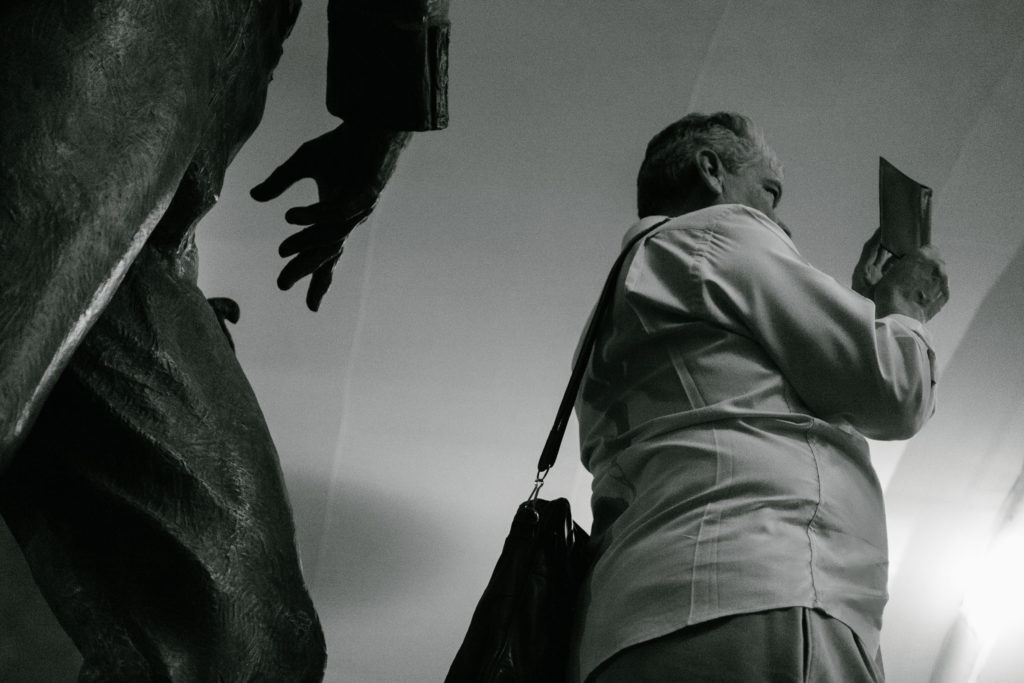 Descubre momentos mágicos y fechorías callejeras de Querétaro y Guadalajara capturados por Hector Muñoz a bordo de Lincoln - @superfocalDSCF9080____1