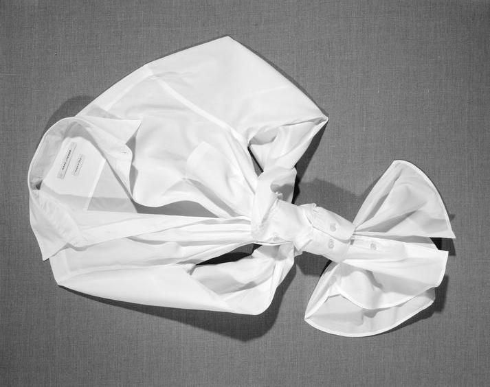 Wear your whites: tips para estilizar una camisa blanca - WEAR YOUR WHITES TIPS PARA ESTILIZAR UNA CAMISA BLANCA FASHION MODA OUTFITS DIA DEL LIBRO 1
