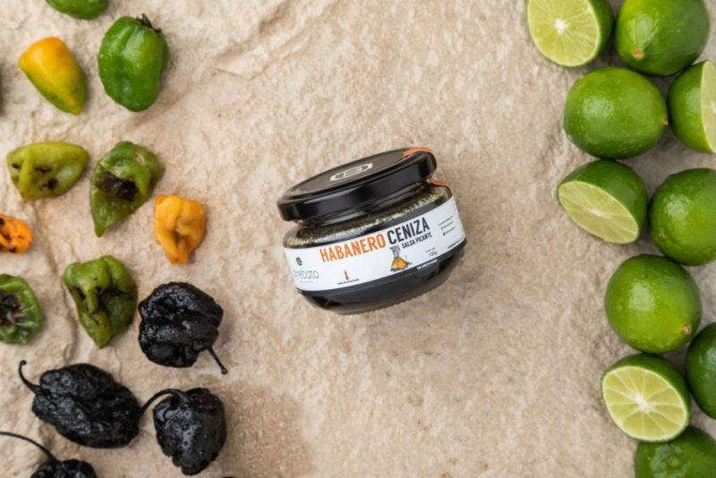 Los mejores productos mexicanos, solo en HOTBOOK Bazar primavera 2021 - habanero-ceniza-arrebato-wishlist-de-los-mejores-productos-mexicanos-que-podras-encontrar-dentro-de-hotbook-bazar-edicion-primavera